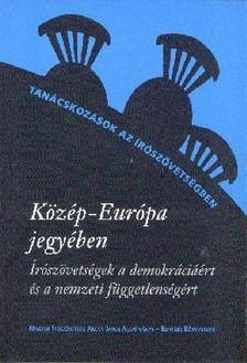 Kiss Gy. Csaba és Pápay György szerk. - Közép-Európa jegyében [antikvár]