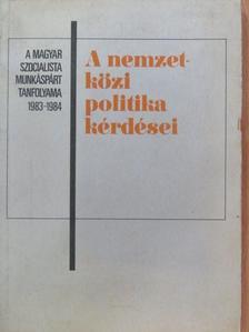 Balogh András - A nemzetközi politika kérdései 1983-1984 [antikvár]