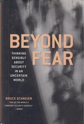 Bruce Schneier - Beyond Fear [antikvár]