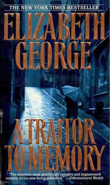 Elizabeth George - A Traitor to Memory [antikvár]