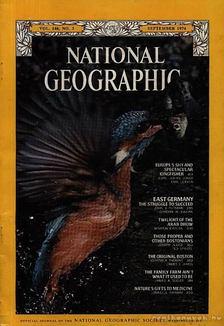 Bell Grosvenor, Melville - National Geographic 1974 September [antikvár]
