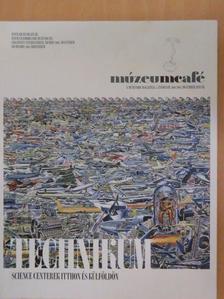 Balázs Istvánné - Múzeumcafé 2011/2012. december/január [antikvár]