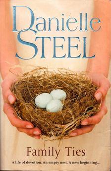 Danielle Steel - Family Ties [antikvár]