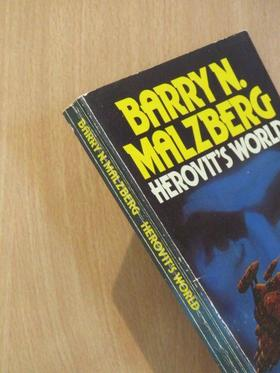 Barry N. Malzberg - Herovit's World [antikvár]