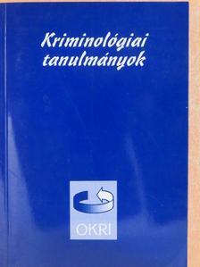 Dr. Farkas Ákos - Kriminológiai tanulmányok 37. [antikvár]