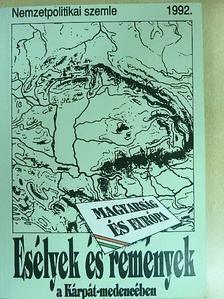 Ágoston András - Esélyek és remények a Kárpát-medencében [antikvár]