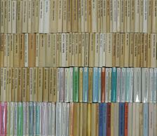 """Abe Kóbó - """"146 kötet a Világkönyvtár sorozatból (nem teljes sorozat)"""" [antikvár]"""