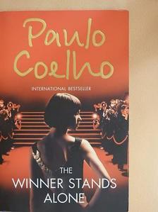 Paulo Coelho - The Winner Stands Alone [antikvár]