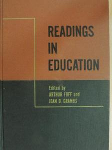 Arthur Foff - Readings in education [antikvár]
