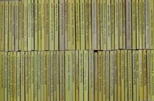 """Adam Kennedy - """"80 kötet az Albatrosz könyvek sorozatból (nem teljes sorozat)"""" [antikvár]"""