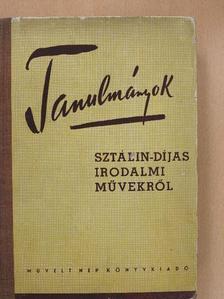 A. Jelisztratova - Tanulmányok Sztálin-díjas irodalmi művekről [antikvár]