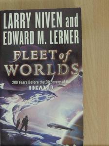 Larry Niven - Fleet of Worlds [antikvár]