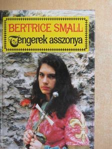 Bertrice Small - Tengerek asszonya [antikvár]