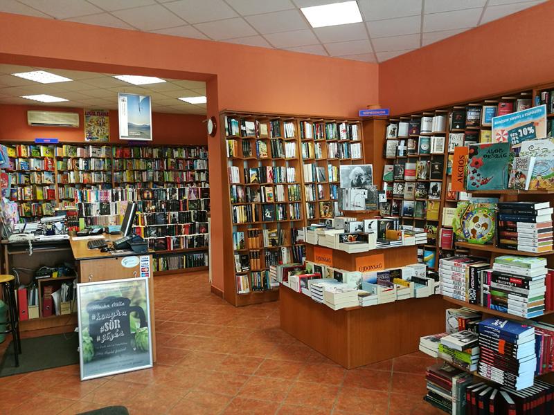 Líra könyv - az online könyvesbolt d82041ff41